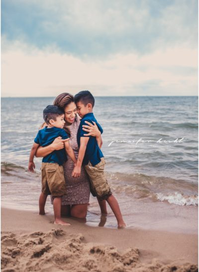 Saugatuck Mini Sessions•The Gomez Family (Michigan Beach Photographer)